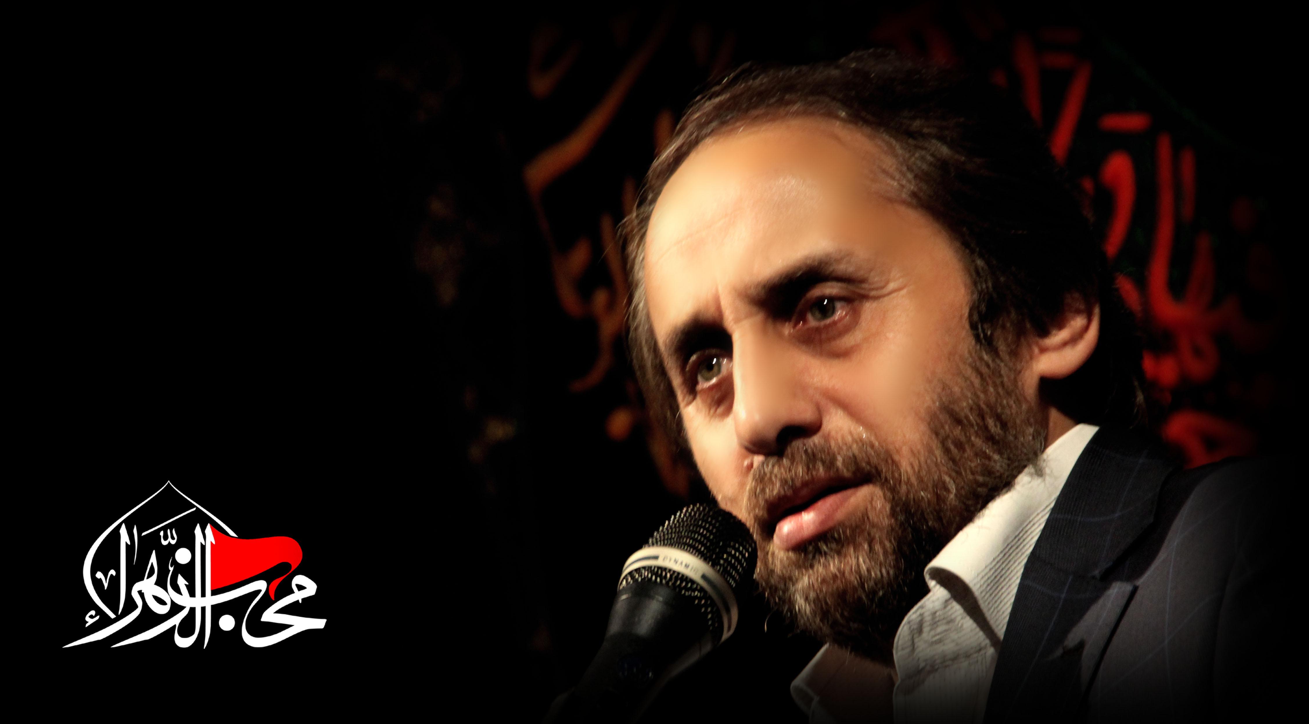 مداحی انقلابی حاج احمد واعظی در محضر رهبر انقلاب +فیلم