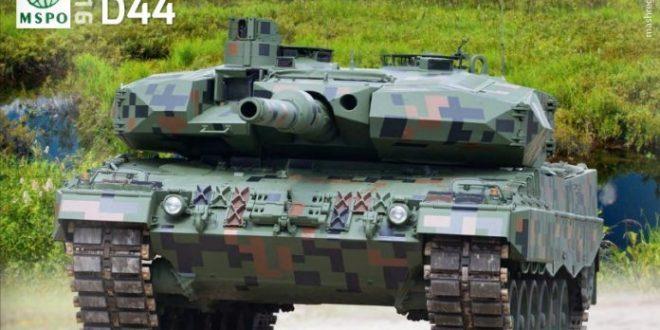 پلنگهای ارتش لهستان ارتقاء پیدا می کنند+عکس