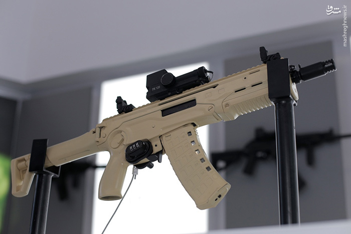 رونمایی از محصولات جدید شرکت کلاشینکوف در نمایشگاه نظامی مسکو ۲۰۱۶