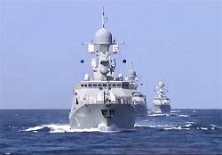 ناوگروه رزمی ارتش روسیه وارد آبهای ایران شد