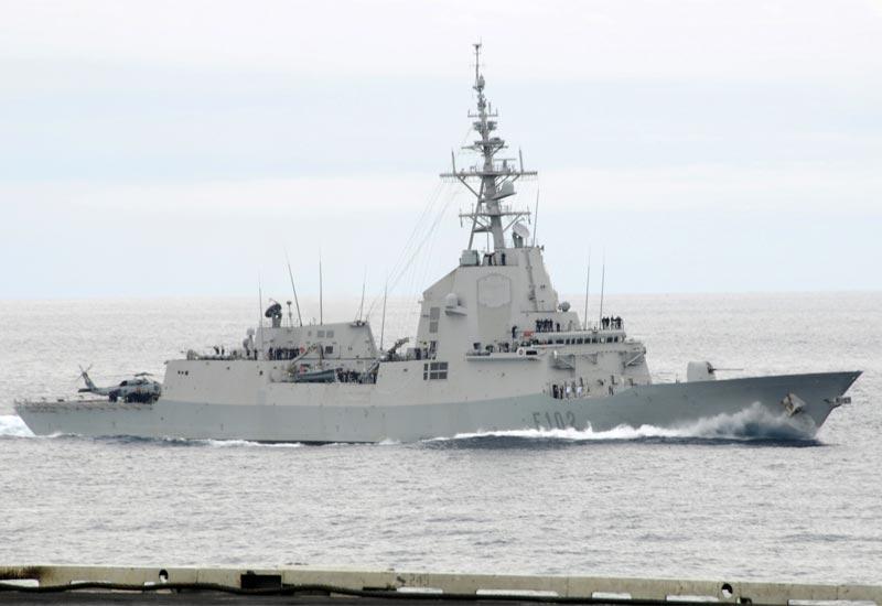 ۲-alvaro-de-bazan-frigate