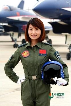 اولین خلبان زن جنگنده در چین کشته شد+عکس