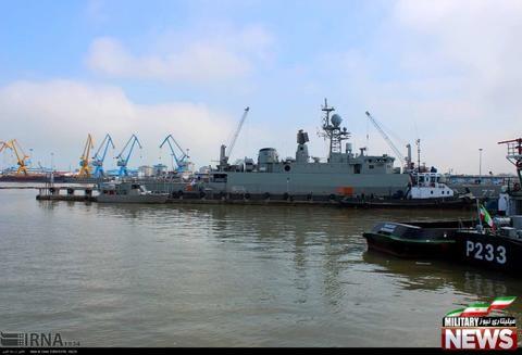 ناوگروه ۴۵ نیروی دریایی ارتش در هند پهلو گرفت