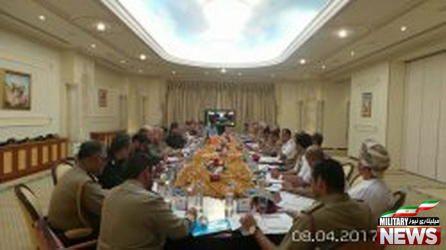 تاکید ایران و عمان بر گسترش همکاری های نظامی