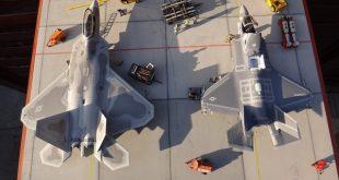جنگنده اف ۲۲ رپتور بهتر است یا اف ۳۵ لایتنینگ؟