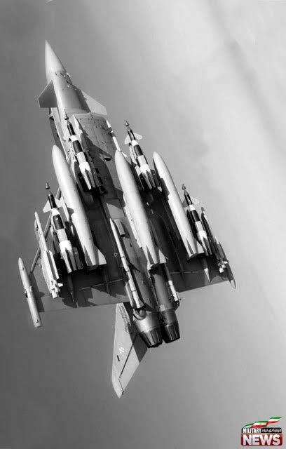 جنگنده تایفون مجهز به سه مخزن سوخت خارجی