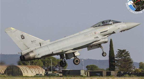 سقوط جنگنده «یورو فایتر» نیروی هوایی ایتالیا در دریا