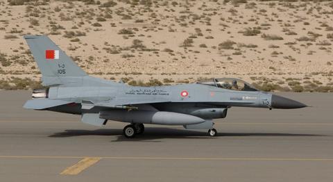عراق از آمریکا جنگنده اف ۱۶ گرفت