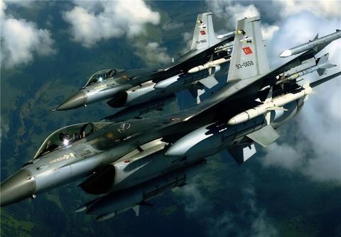 حمله ترکیه به مواضع پکک در شمال عراق