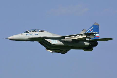 کشته شدن بیش از ۲۰۰۰ تروریست در حملات جنگندههای روسیه در سوریه