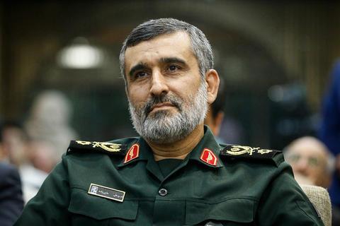 اگر دور تا دور ایران را هم دیوار بکشند تولید موشک متوقف نخواهد شد/ اروپا نقش پلیس خوب را بازی میکند/ آینده را ملت ایران میسازد، نه کاخ سفید