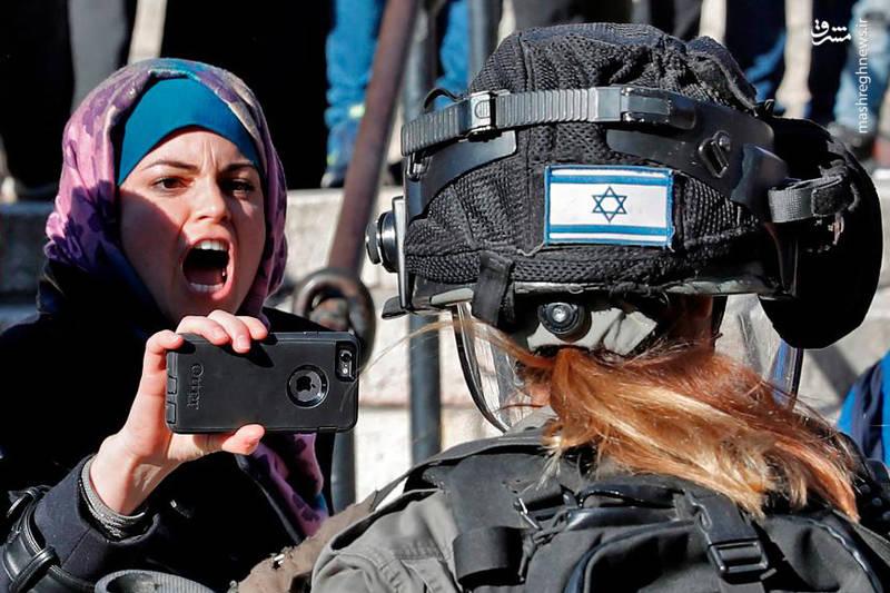 فریاد مقتدرانه دختر فلسطینی بر سر سرباز صهیونیست