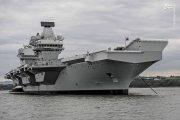 مشکلات عجیب و قابل تامل جدیدترین ناو هواپیمابر غربی/ «ملکه الیزابت» بدون محافظ به خلیجفارس میآید +عکس