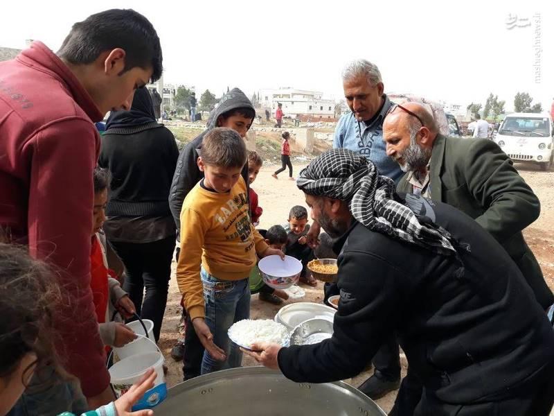 کمک رسانی مردم نبل و الزهرا به آوارگان شهر عفرین سوریه