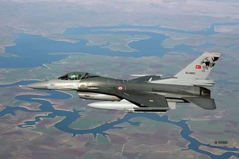 جنگندههای ترکیهای شمال عراق را بمباران کردند