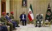 دیدار وزیر دفاع با هیات نظامی عمان