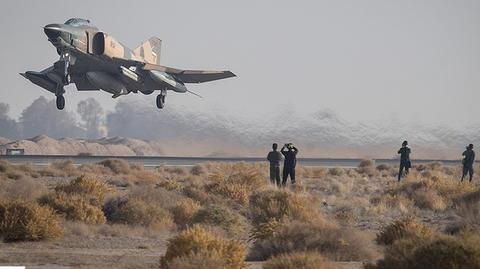 بازدید استاندار هرمزگان از پایگاه هوایی بندرعباس