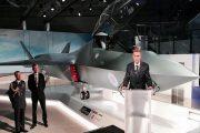 وزیر دفاع انگلیس از جنگنده رقیب «اف-۳۵» رونمایی کرد