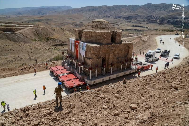 انتقال محتاطانه یک حمام باستانی در ترکیه پیش از آنکه بر اثر <a data-ail=