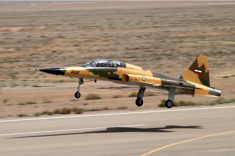 رونمایی از هواپیمای رزمی و آموزشی «کوثر» ساخت ایران +عکس