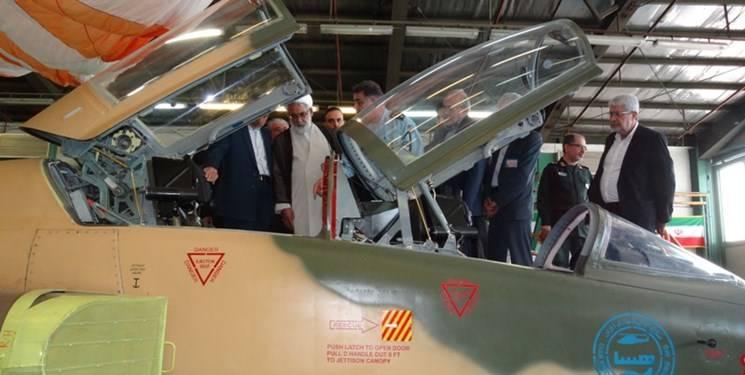 دادستان کل کشور از نمایشگاه صنایع دفاعی و جنگنده کوثر بازدید کرد
