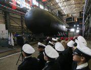 دومین زیردریایی کلاس لادا به آب انداخته شد+عکس