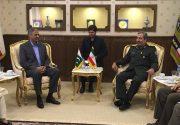 دیدار معاون وزیر دفاع پاکستان با سردار قدیرنظامی+عکس