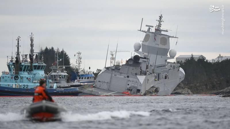 ناو پیشرفته نروژی در آستانه غرق شدن +عکس