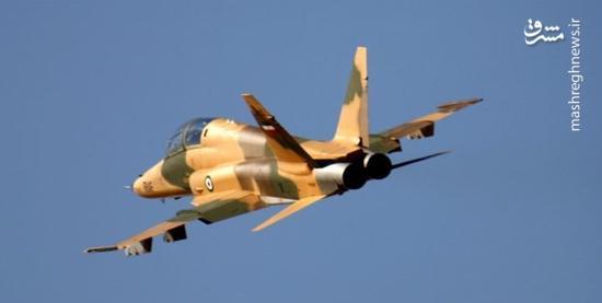 اجرای نمایش هوایی توسط جنگندههای ایرانی در آسمان کیش