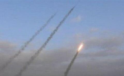 شلیک ۶ فروند موشک بالستیک از یمن به جنوب عربستان