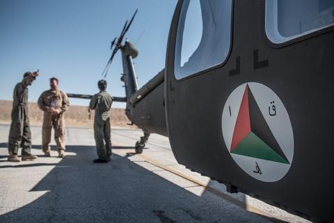 افغان ها همچنان با بلک هاوک درگیر هستند