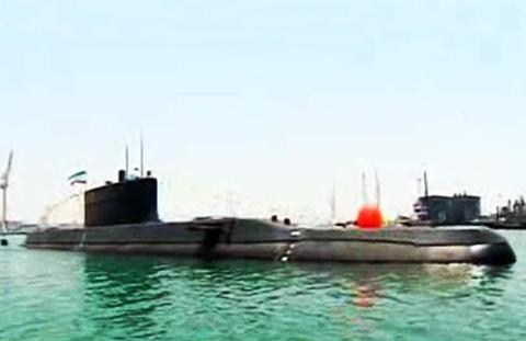 زیردریایی «فاتح» به ناوگان جنوب نیروی دریایی ارتش ملحق شد
